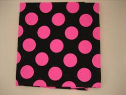 黒 布 ピンク 水玉 ドット