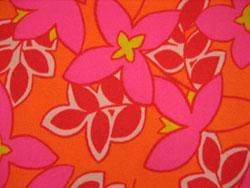 花 オレンジ ピンク 布