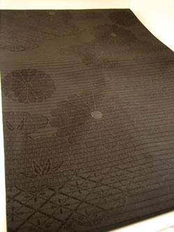 菊 黒い帯 着物リメイク